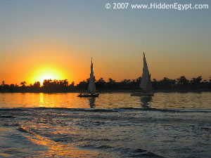 Felucca Float - embark on a sail from Aswan to Edfu - not for the fussy-minded but oh so romantic!
